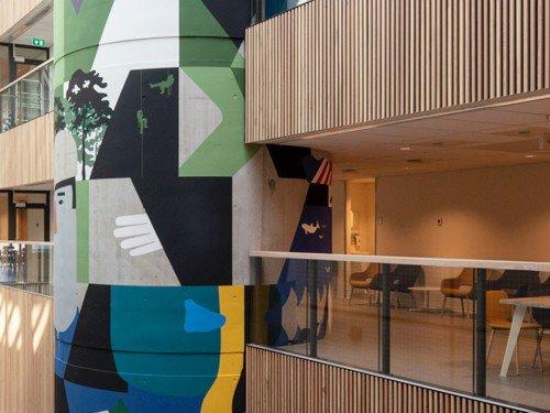 artwork, mural, muurschilderingen van Anuli Croon in het CMH in Utrecht, Daria scagliola, gemaakt met Iwaarden