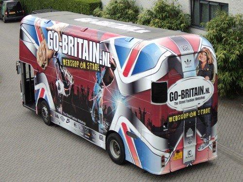 Autobelettering - Carwrapping van bus Britain door de hele bus in te pakken met een full-colour print