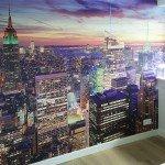 Inspirerende werkplek met visuals op wand en glas - wandbekleding,door naadloos behang