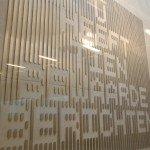 kunstwerk in synagoge Kunt in openbare ruimte door Martijn Sandberg en iwaarden