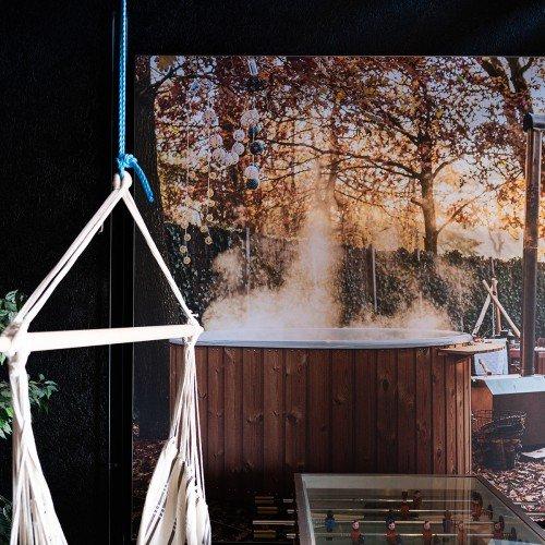 signing en interior Welvaere Nijkerk, seamless wallpaper, exterior signage and way finding