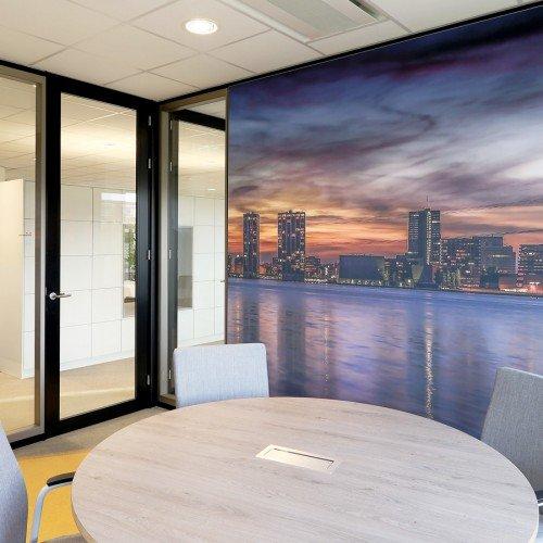 glasdecoratie en wandbekleding voor kantoor - naadloos behang en textielframe
